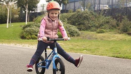 نحوه آموزش دوچرخه سواری به کودکان,طریقه آموزش دوچرخه سواری به کودکان,دوچرخه های بدون پدال