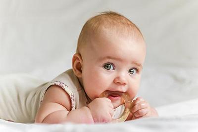 ژل تسکین دهنده درد دندان نوزاد