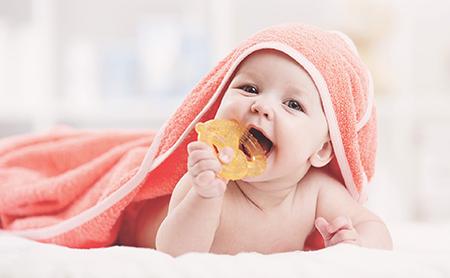 دندان درآوردن نوزادان,زود دندان درآوردن نوزادان