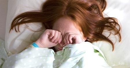 راه حل سخت بیدار شدن کودکان در صبح, بد بیدار شدن کودکان از خواب, راه حل هایی برای راحت بیدار کردن کودکان