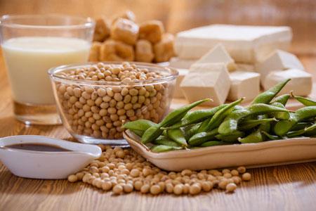 غذاهای نفاخ در دوران شیردهی,خوراکی های نفاخ در دوران شیردهی,نفخ نوزاد