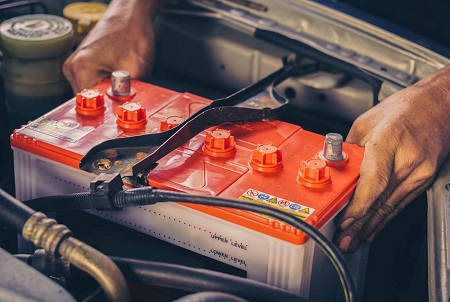 باتری خودرو چیست, نحوه باتری به باتری کردن خودرو, وسایل مورد نیاز جهت باتری به باتری کردن خودرو