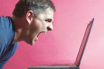 هک کردن کامپیوتر, ایمیلهای اسپم