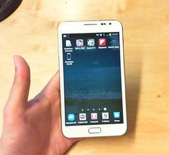 تلفن هوشمند, امکانات نرمافزاری موبایل, سیستم عامل اندروید