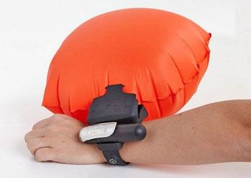 دستبند هوشمند,غرق شدن,جلوگیری از غرق شدن با دستبند هوشمند