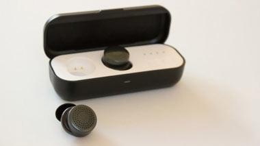 عرضه هدفون هوشمند با قدرت کنترل صدا