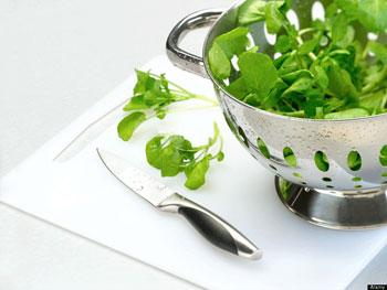 آشپزی, خوراکی های انرژی زا برای روزه داران, خواص مواد غذایی, خوراکی های انرژی زا, زرد آلو, انجیر, شاهی, کدو سبز, لوبیا چشم بلبلی, غذاهای ماه رمضان,   توت فرنگی,