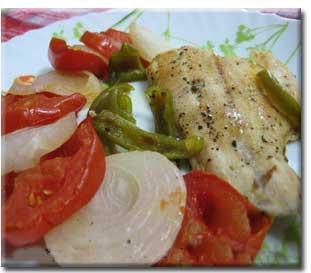 ماهی و سبزیجات در فر,http://www.mihanfaraz.ir/post/957