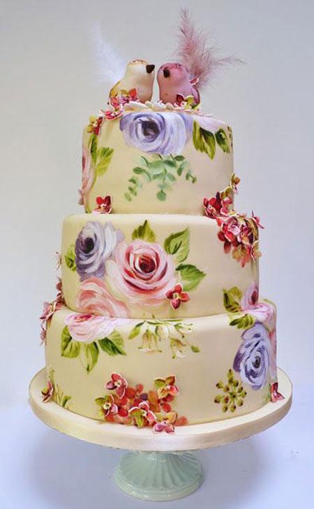 کشیدن نقاشی روی کیک
