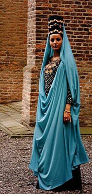 پوشش در ایران,پوشاک در ایران ,لباس زنان در زمان اشکانی