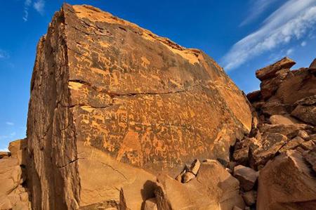 حکاکی روی سنگ, هنر صخره ای