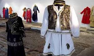 آیینهای نوروزی, لباس نوروزی