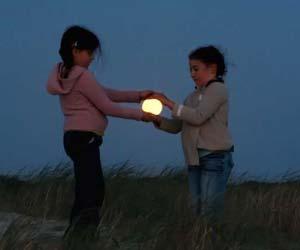 هنرنمايي عكاسها با ماه!