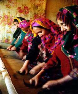 فرش ترکمن ؛اوج هنرو هويت زنان کرانه خزر,http://www.mihanfaraz.ir/post/916