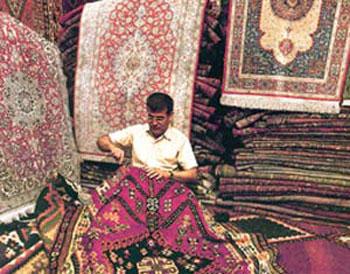 فرش دستباف, فرش و گلیم