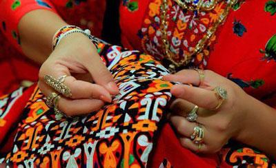 هنر سوزن دوزی ترکمن, سیاه دوزی