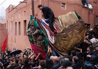 آداب و رسوم مردم نطنز در محرم, مراسم جغجغه زنی