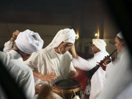 آداب و رسوم مردم هرمزگان, رسوم مراسم زار