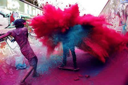 جشن رنگ پاشی هندی ها,رسوم مردم هند,جشن رنگ ها