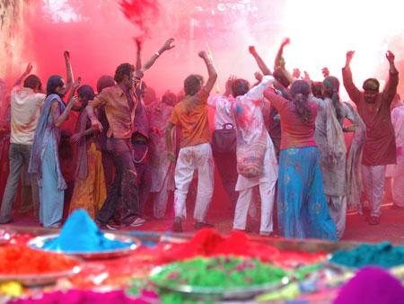 جشن رنگ ها,رسوم جشن هولی,فرهنگ زندگی