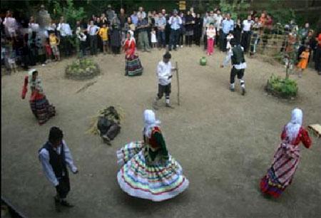 مراسم بند آمدن باران, مراسم عروس فوشای