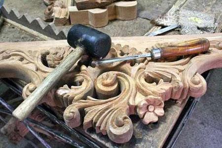 کنده کاری روی چوب, هنرهای سنتی
