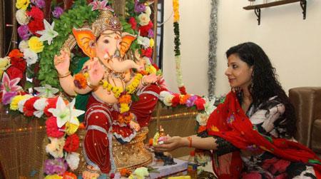 جشن های سنتی, خدایان هند