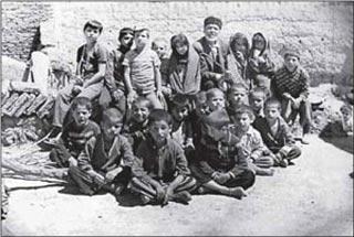 مکتب خانه,شیوه آموزش در مکتب خانه ها,مدارس در تهران قدیم