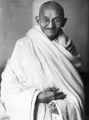 روز جهانی بدون خشونت, 2 اکتبر روز جهانی بدون خشونت,بیوگرافی مهاتما گاندی
