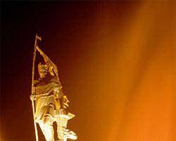 مناسبتها: ۲۱ مهر جشن پیروزی کاوه و فریدون