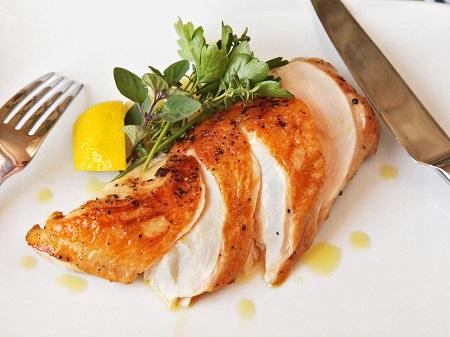 لوبیا پلو با مرغ چرخ کرده, غذای خوشمزه با مرغ, غذا با سینه مرغ و برنج