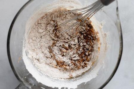 نحوه درست کردن کیک کدوی شکلاتی, تهیه کیک کدوی شکلاتی