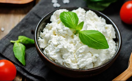 پنیر کم کالری, پنیرهای رژیمی کم کالری, پنیر کاتیج