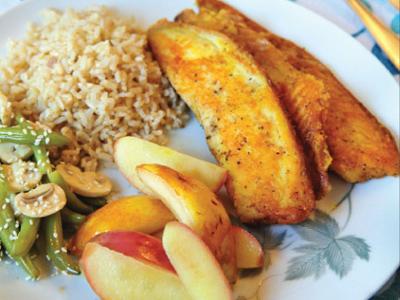 طرز پخت خوراک ماهی با سیب و گلابی,مواد لازم برای خوراک ماهی