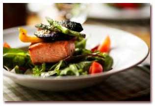 طرز تهیه ماهی آزاد پخته شده با کنگر فرنگی