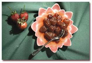 مربای توت فرنگی,http://www.mihanfaraz.ir/post/937