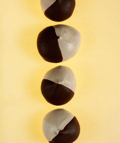 مرنگ اسپرسو شکلاتی,تهیه مرنگ های شکلاتی