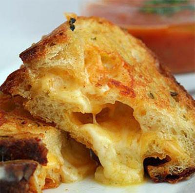 نحوه پخت پنیر سوخاری, پنیر سوخاری