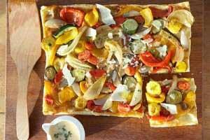 طرز تهیه پیتزا سبزیجات ترش مزه با کدو