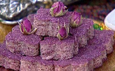 نحوه پخت حلوای گل سرخ, مواد لازم برای حلوای گل سرخ