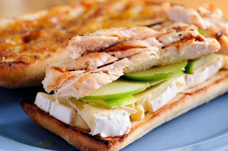 نحوه پخت ساندویچ مرغ,مواد لازم برای ساندویچ مرغ