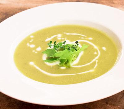 طرز تهیه سوپ پیاز مجلسی,سوپ پیاز ساده
