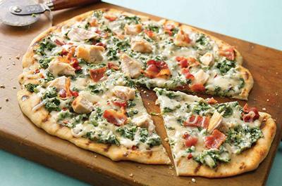طرز تهیه پیتزای سبز با ماهی,درست کردن پیتزا سبز با ماهی