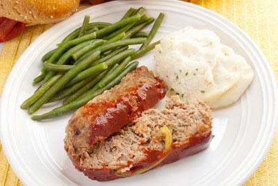 طرز تهیه رولت گوشت با پوره سیب زمینی