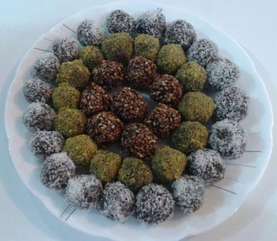 قیمت حلوای مجلسی طرز تهیه توپک خرمایی برای سفره افطار ماه رمضان