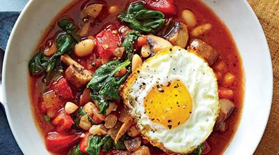 طرز تهیه خوراک لوبیا سفید و بشقاب سبزیجات