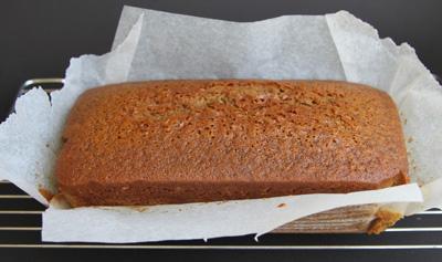 طرزتهیه کیک های مخصوص فصل پاییز,درست کردن کیک عسل و زنجبیل