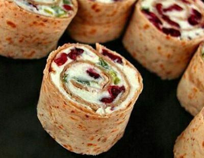 طرز تهیه رولت پنیری صبحانه