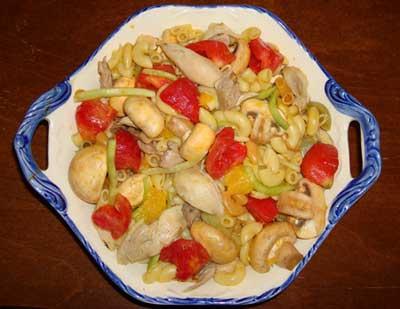 سالاد قارچ با مرغ و پاستا,طرز تهیه سالاد قارچ با مرغ و پاستا