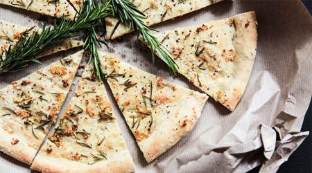 معرفی انواع پیتزا,آشنایی با انواع نان پیتزا
